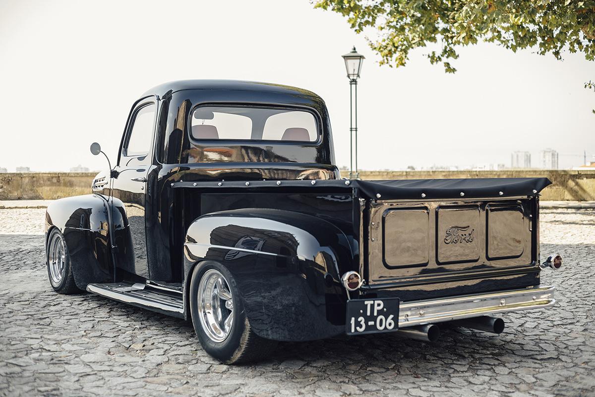Ford F1 Pickup Truck